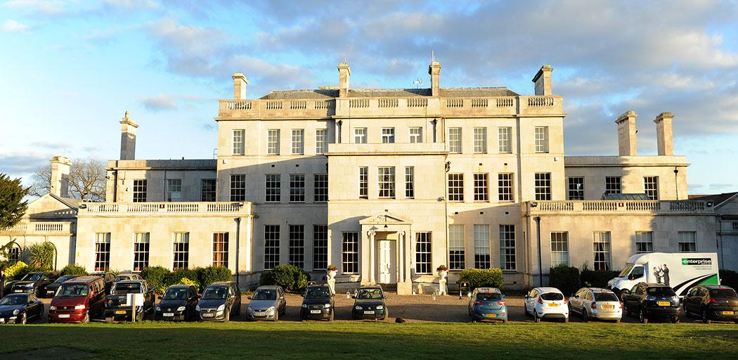 The magnificent Palladian style 18th Century mansion Addington Palace in Croydon is a sumptuous regal Surrey wedding venue which offers lots of wedding picture opportunities