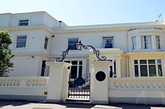 The distinctive cream coloured Glenmore House with its strong Masonic heritage is situated in the Surbiton conservation area and is a fine Victorian Surrey wedding venue
